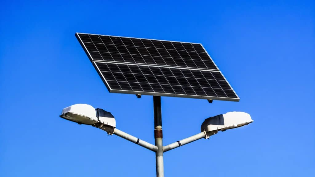 Best Outdoor Solar Lights And More Details
